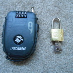 Small padlock and retractable lock